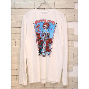 LIQUID BLUE BERTHA WHEEL L/S TEE WHITE