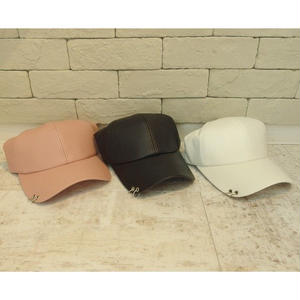 PU LETHER RING CAP BLACK/WHITE/PINK