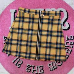 RING ZIPPER SKIRT MUSTARD