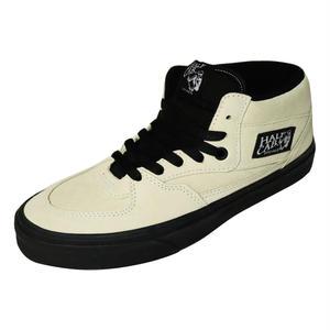 VANS【バンズ】HALF CAB (Black Outsole) Classic W  WHT BLK ハーフキャブ ホワイト ブラック