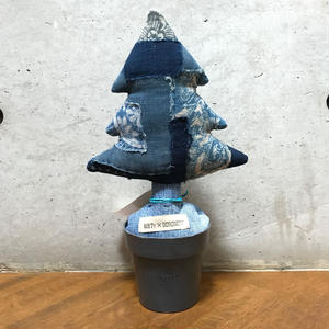 "BOROnote × MB7r LITTLE PLANTS XMAS TREE ""襤褸=Japanese old Aizome fabric"""