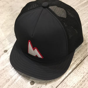 huntstored『WORKROWN×huntstored』 ・【RED】(FLAT SHORT) MESH CAP