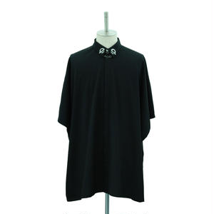 T-Bar Collar Square Shirt