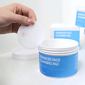 ADVENCED FACE CLEANSING PAD 135ml(70枚入)