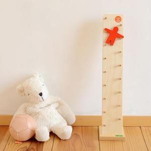 【5ヶ月〜:観察(見る)】B はしご人形