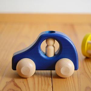 【8ヶ月〜】【押す車・入れる、挿す】1人のりPKW 青