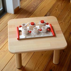 <ままごと> ままごとテーブル