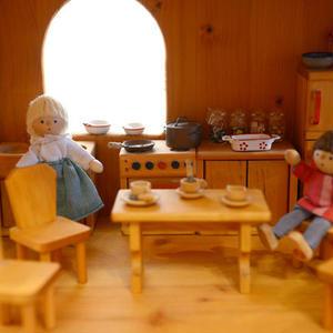 【3才〜:想像遊び・生活遊び】ドールハウス用 台所セット