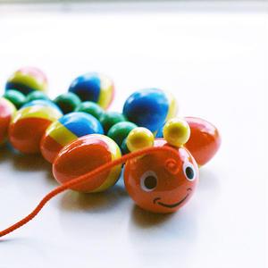 【1才〜】【引っぱる玩具・色】WALTER むかで