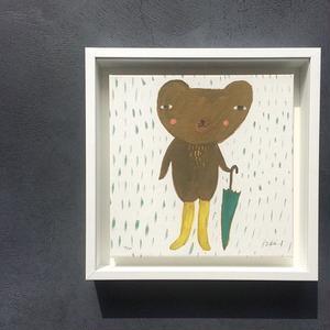 トナ・ウィルソンアート|傘を持ったクマ
