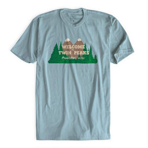 TWIN PEAKS × HABITAT WELCOME TEE LIGHT BLUE