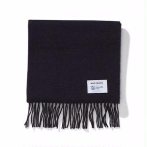 NORSE PROJECTS × JOHNSTONS LAMBSWOOL SCARF NAVY