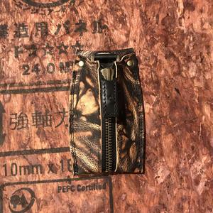 Kc-001 カード収納型キーケース 泥染ー1