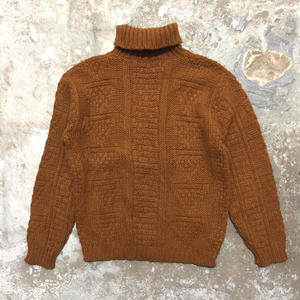 60's Parkley Turtle Neck Sweater