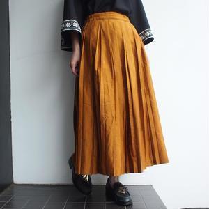 mustard Pleat skirt