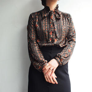 Made in Sweden stand collar blouse