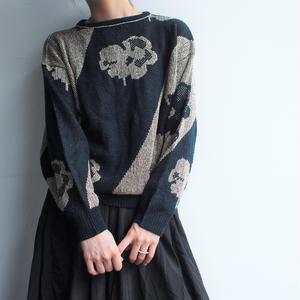 Black × Gold  knit