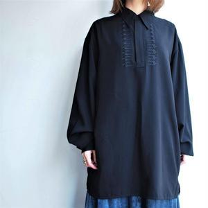 Long length Black blouse