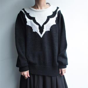 Black × White knit
