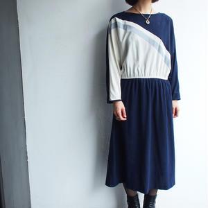 Navy × gray  dolman sleeve dress