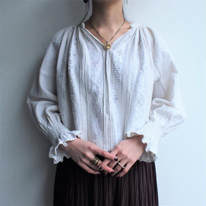 ~1920's White embroidery Antique blouse