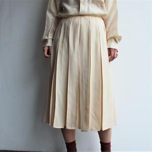 Silk All pleats skirt