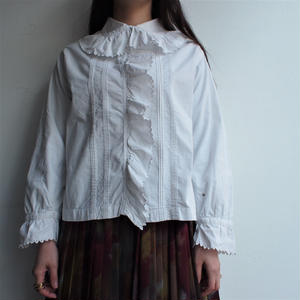 Early 1900's frill collar blouse