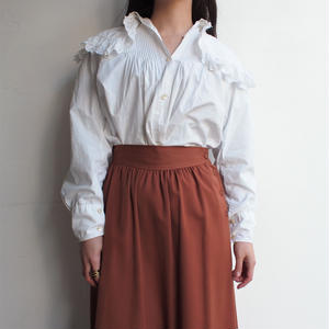 Early 1900's   Big collar blouse