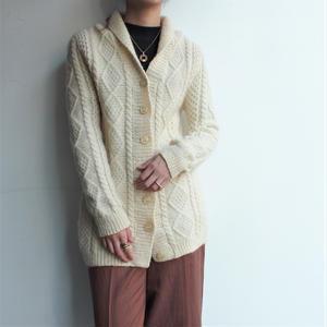 White  low gage knit cardigan