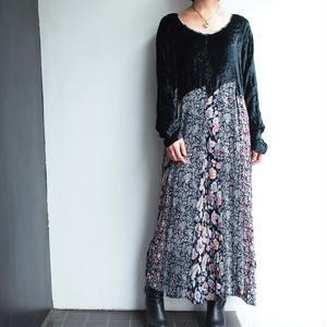Black velours ×Flower print dress