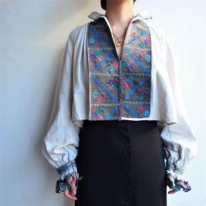 〜1940's HAND Embroidery East Europe Blouse