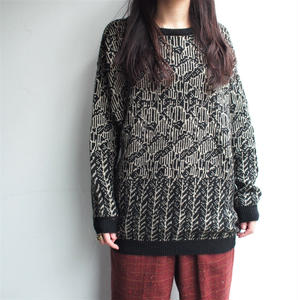 Black pattern knit