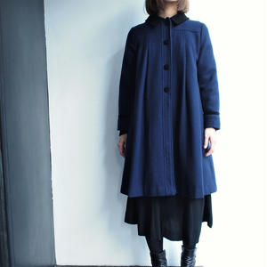 Made in USA Deep blue flea wool coat