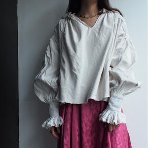 Early 1900's   antique  BIG Sleeve blouse