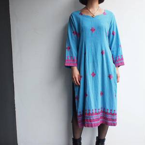 Blue × pink embroidery ethnic dress
