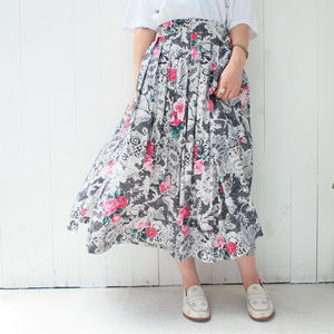 Lace print flower skirt