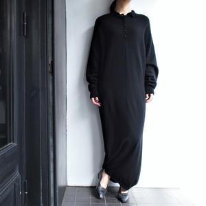 Black knitsewing long dress
