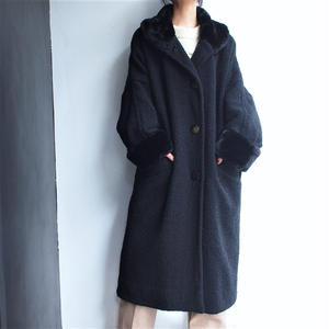 Boa collar  drop shoulder wool coat