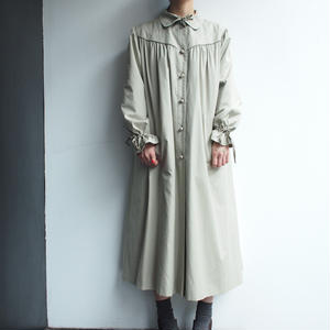 Front gather Coat