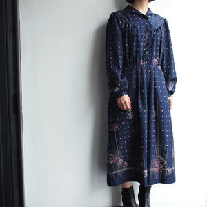 Deep blue leaf dot dress