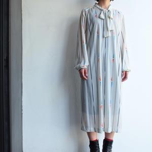 Stripe dress Tai collar