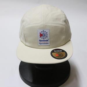 REEBOK  CLASSIC URBAN OUTFFITERS CAP WHITE
