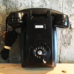 Shingo Wakagi | アメリカ製黒電話(壁掛け式ブラック)