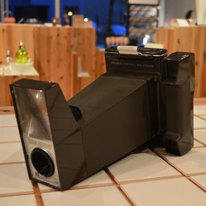 Shingo Wakagi | BIG SHOT ポラロイドポートレートランドカメラ