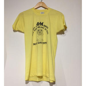 1970's  made in USA  T shirt yellow lion