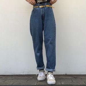 """90's """"Levi's 561"""" loose fit straight"""