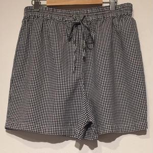 short pantsgingham check