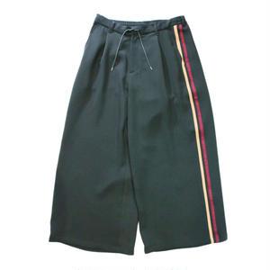 Big pants - line