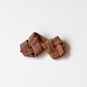 山葡萄の畳織り連結 ブローチ ハンドメイド  国産樹皮(岩手県)