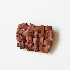 山葡萄のブローチ(大) 手作り ハンドメイド  国産樹皮(岩手県)